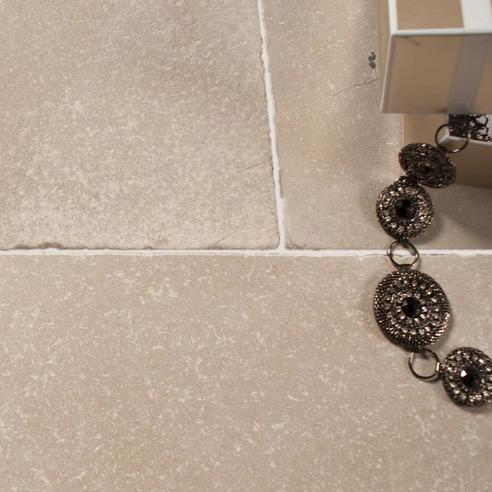 Montpellier Gris Tumbled Limestone
