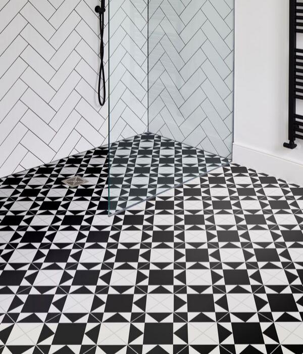Brompton Underground Porcelain Shower Flooring