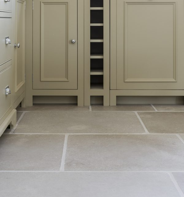 Eiffel Limestone Tumbled Finish in a contemporary kitchen