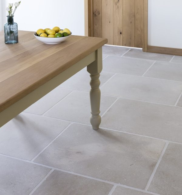 Eiffel Limestone Tumbled Finish in a spacious kitchen