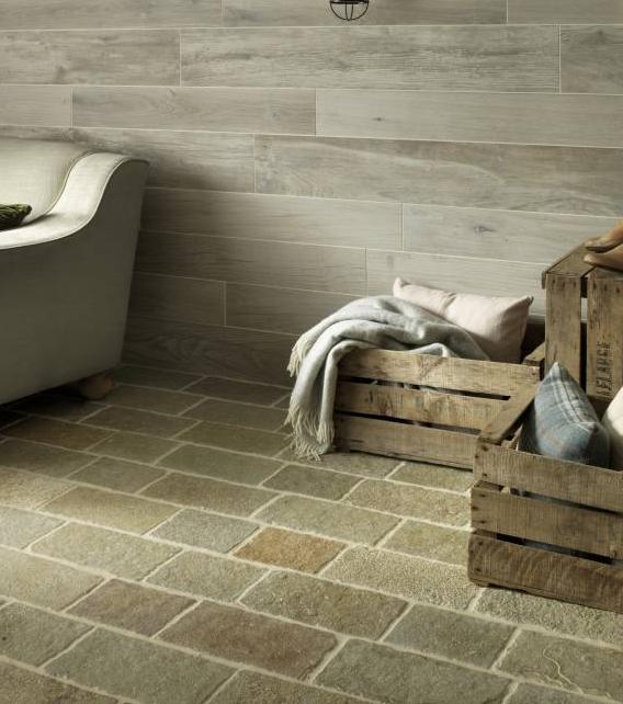 Farley Limestone Seasoned Finish living room tiles