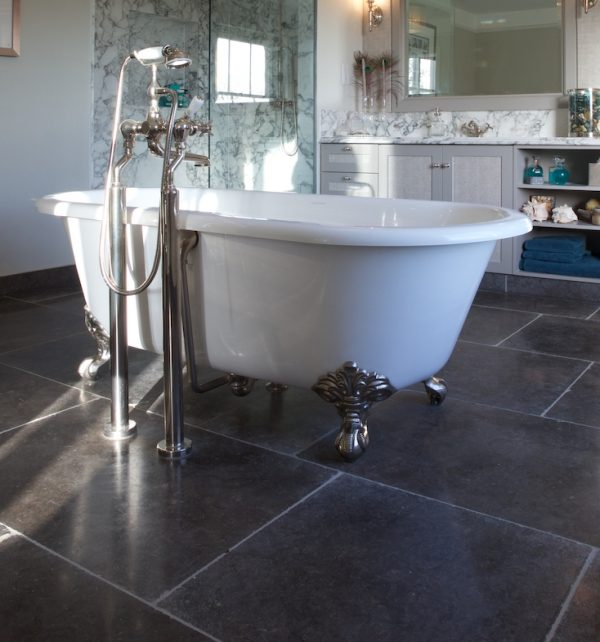Huntingdon Limestone Worn Finish Tiled Bathroom