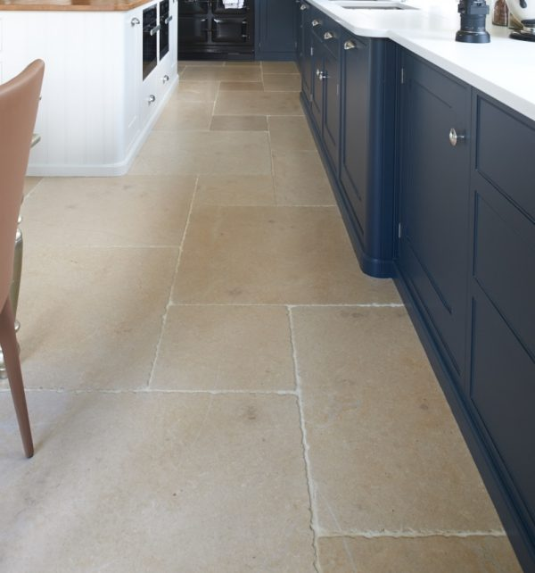 Neranjo Seasoned Limestone Kitchen Walkway