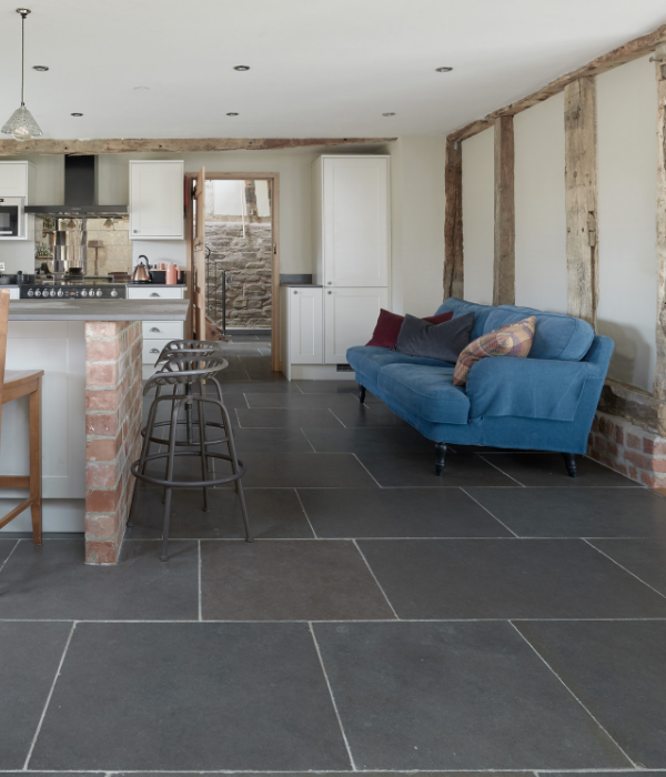 Tyrone Tumbled Limestone in a Kitchen setting